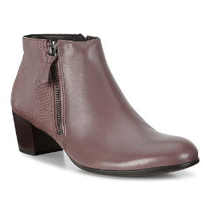 Brug Ecco sko med hæl i god pasform