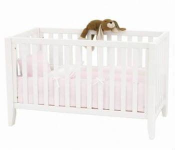 Køb en billig tremme/babyseng til den lille