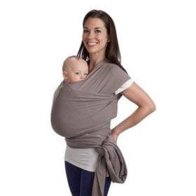 Boba slyngen bliver barnets vægt jævnligt fordelt mellem skuldre, ryg og hofter