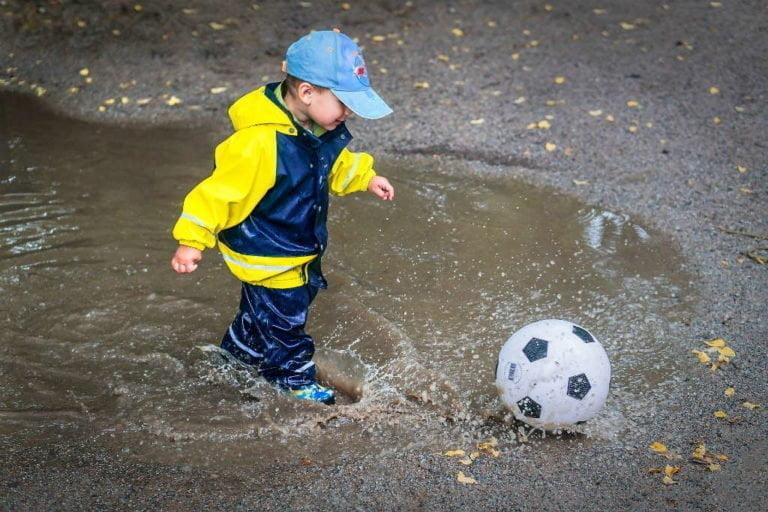 Hvilket regntøj skal dine børn have?