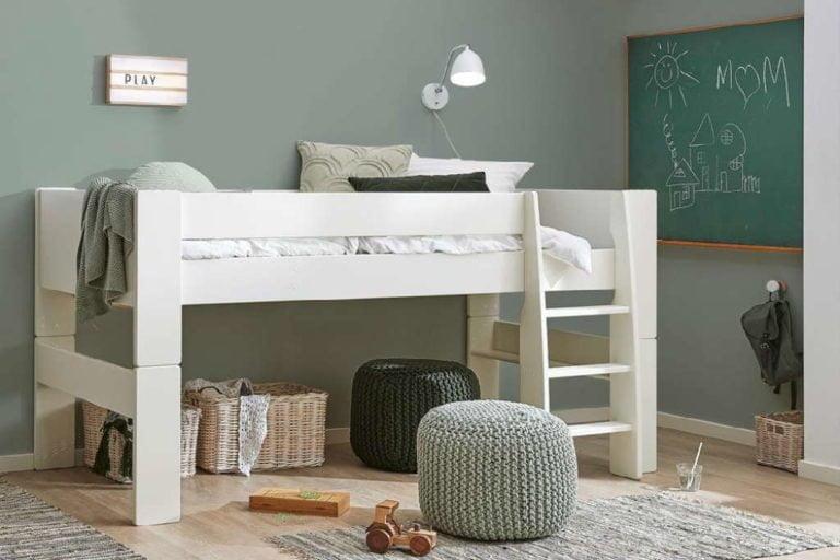 køb en Halvhøj seng til børneværelset
