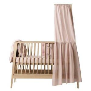 Køb en sød sengehimmel til børnesengen